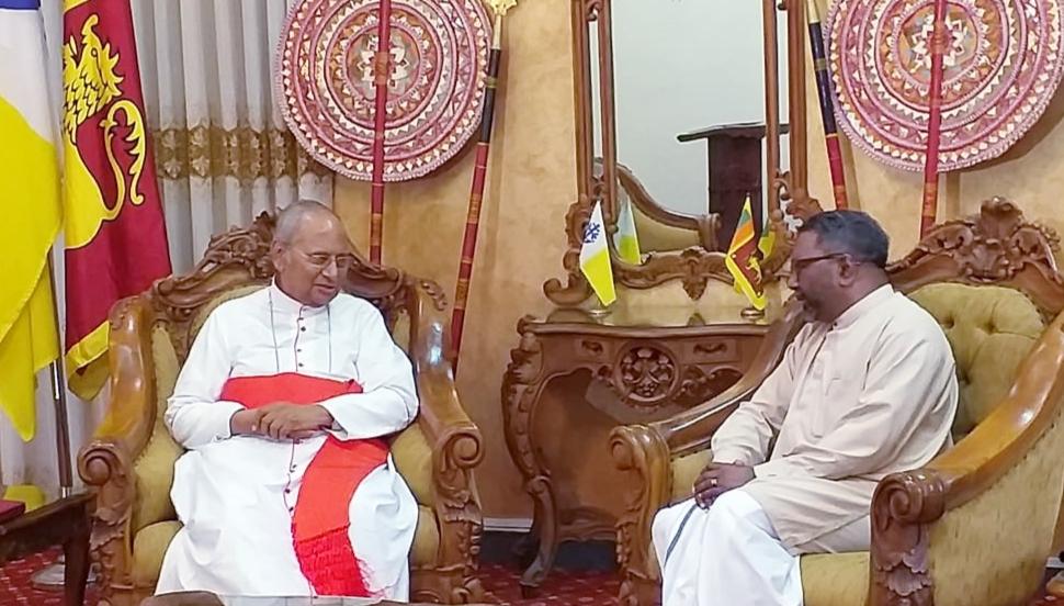 Governor calls on Archbishop